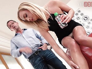 Fuck vip cockaine - Vip sex vault -czech blondie vinna reed fucks hard on camera