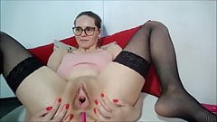 Teen gapes pussy 2