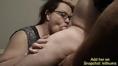Sexy mom of Pal Let Me Nut in Her Mouth
