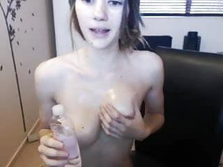 Kiwi escort Teen kiwi webcam tease
