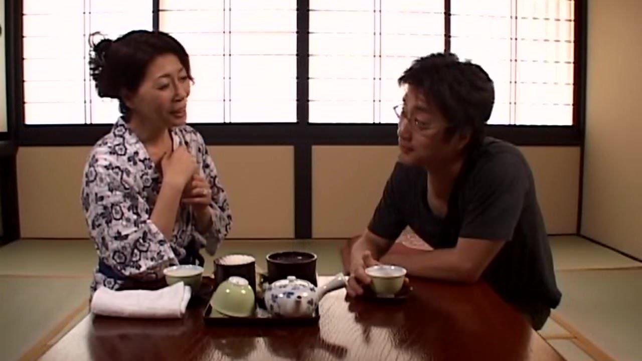 澄川凌子 「お母さん、我慢できない!」息子と55歳の熟女母が温泉旅行に行って旅館で近親SEXに溺れる!