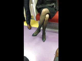 Free video of woman in pantyhoses Japanese woman in black pantyhose and heels