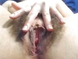 Beautiful hairy sexy black women - Hairy sexy cunt with beautiful lips labia