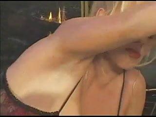 Lisa lipps fucking - Lisa lipps. vorm kamin