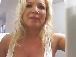 Rachels tits - Hot curvy cougar rachel love