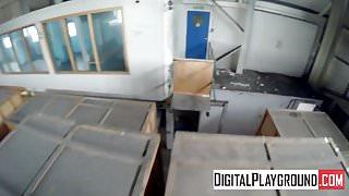 DigitalPlayGround - Headrush