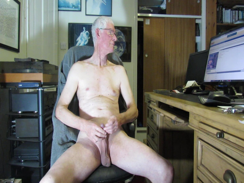 Boy caught masturbating on cctv in capsule hotel