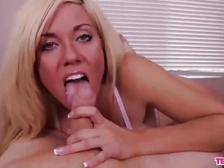Blonde bomb sex - Blonde sex bomb handjob