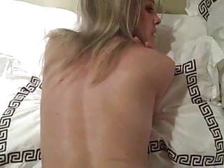 Hot wet pussy moms Closeup and hot wet pussy fuck
