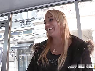 Adult video hotline Elektra wilde makes her first public sex adult video