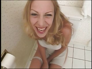 Teens sitting on the toilet porn Women sits on toilet and gives a bj