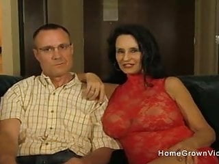 Hot amateur granny - Hot amateur granny sucking and fucking a younger man