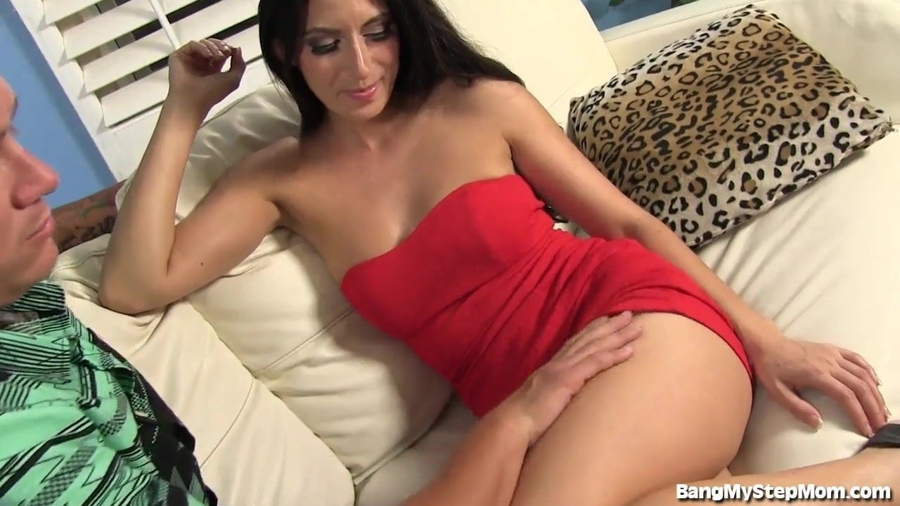 Brooklyn Chase Hot Stepmom