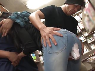 Video manga porn Castigando auna ladrona de mangas