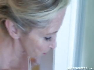 Sexy horny matures in shower - Super sexy old spunker feeling horny in the shower