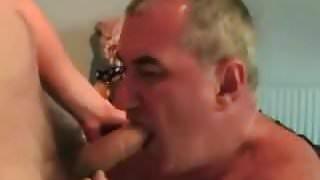 Gay older men sucking a nice dick