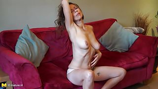 Mature British step mom Josie with hairy hungry pussy
