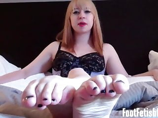 Bet you could suck a golf ball I bet you want to watch my feet while you jerk off