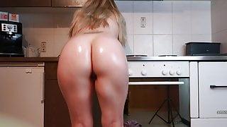 Horny Wife Bouncing Her Big Ass