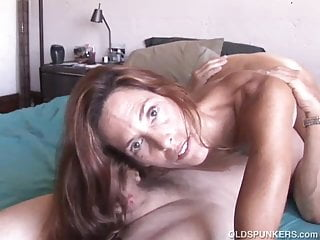 Super sexy blog - Super sexy old spunker loves it when you cum in her mouth