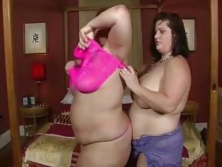 Free pics lesbians big boobs - Video bbw lesbians big boobs