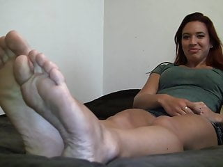 Discount sexy swimwear size 16 Teen girl shows her sexy 9.5 size soles