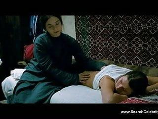 Cristina agulera nude - Cristina flutur nude - dupa dealuri 2012