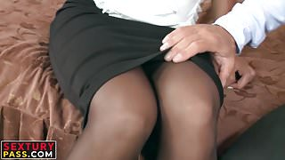 Blonde temptress getting her ass plugged up the raw way