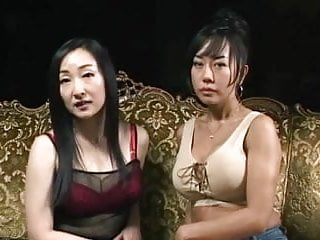 Mature foreign women Japanese girls and foreigners