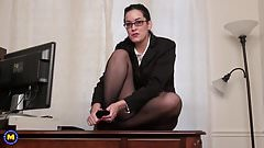 Gorgeous nerdy mom masturbate in office