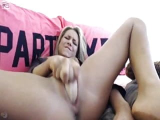 Sex toys on pussy Cute blonde toys on cam