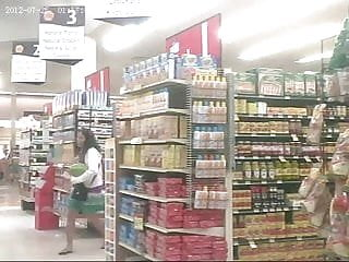 Upskirt grocery store vidoes - Upskirt in the grocery store