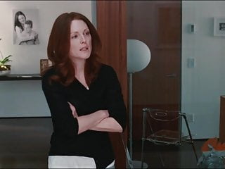 Free julianne moore sex scene Julianne moore, amanda seyfried - chloe 2009