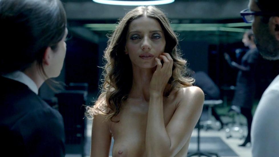 Allison Woodward  nackt