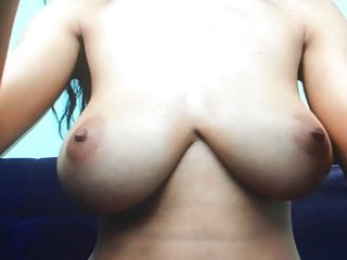 Latin tits asian video - Natural latin tits bouncing