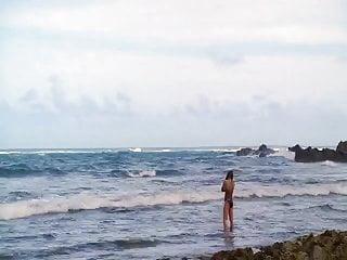 Bikini evangeline lilly pic Evangeline lilly - lost