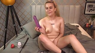 Obedient whore Cleo loves spanking before get her holes busy