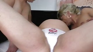 Lesbian milf's and pregnant chik