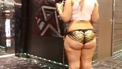 Super jiggly cellulite pawg rave booty