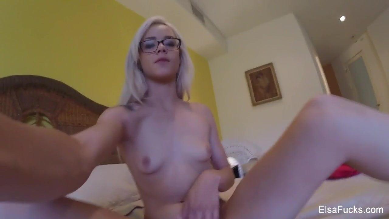 Cute Girl Glasses Masturbating