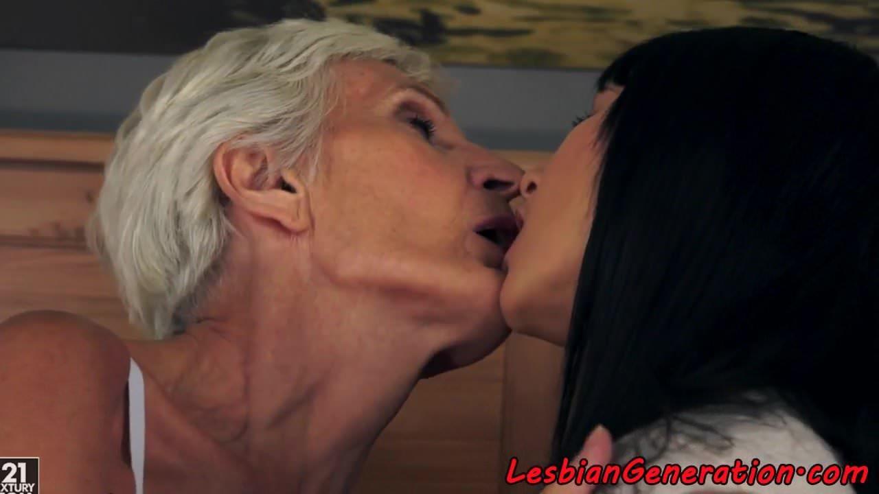 Teen Lesbian Ass Massage