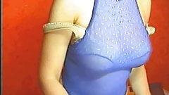sexy milf strips