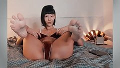 FEET IN FACE - Asian Feet - Reverse Cowgirl Feet - NO SOUND