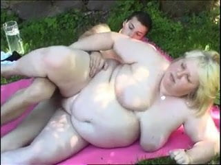 Chubby older blonde fucked after a picnic