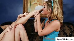 Lesbian babes kissing before oral and fingering