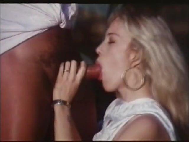 moana-pozzi-lesbian-porn-tube