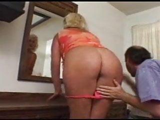 Adult dating full service Granny dana takes the full service by satanika