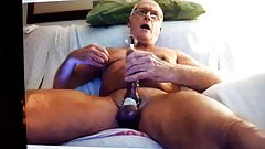 Daddy loves too shoot a big load,loves been shown off.