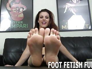 Sweet boy jerk off - I love it when naughty boys jerk off to my feet