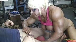 Muscle Woman 42